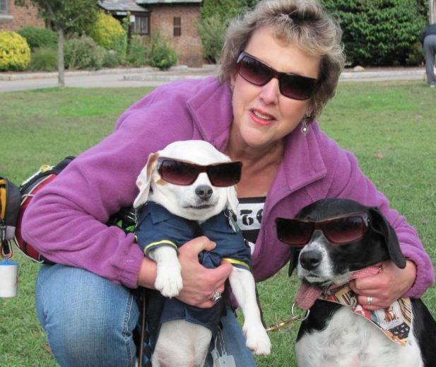 janie-and-her-cool-dogs1