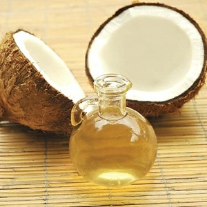 Hot Oil Treatment using Organic Coconut Oil